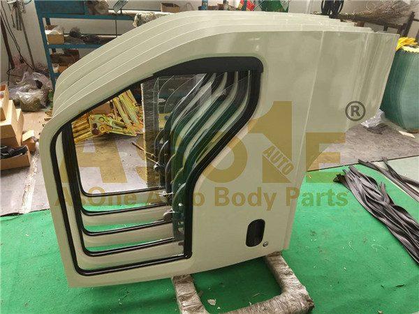 AO-IZ01-124 TRUCK DOOR COMPLETE 01